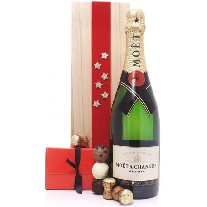 Deluxe Moët & Chandon Champagne Christmas Gift Box
