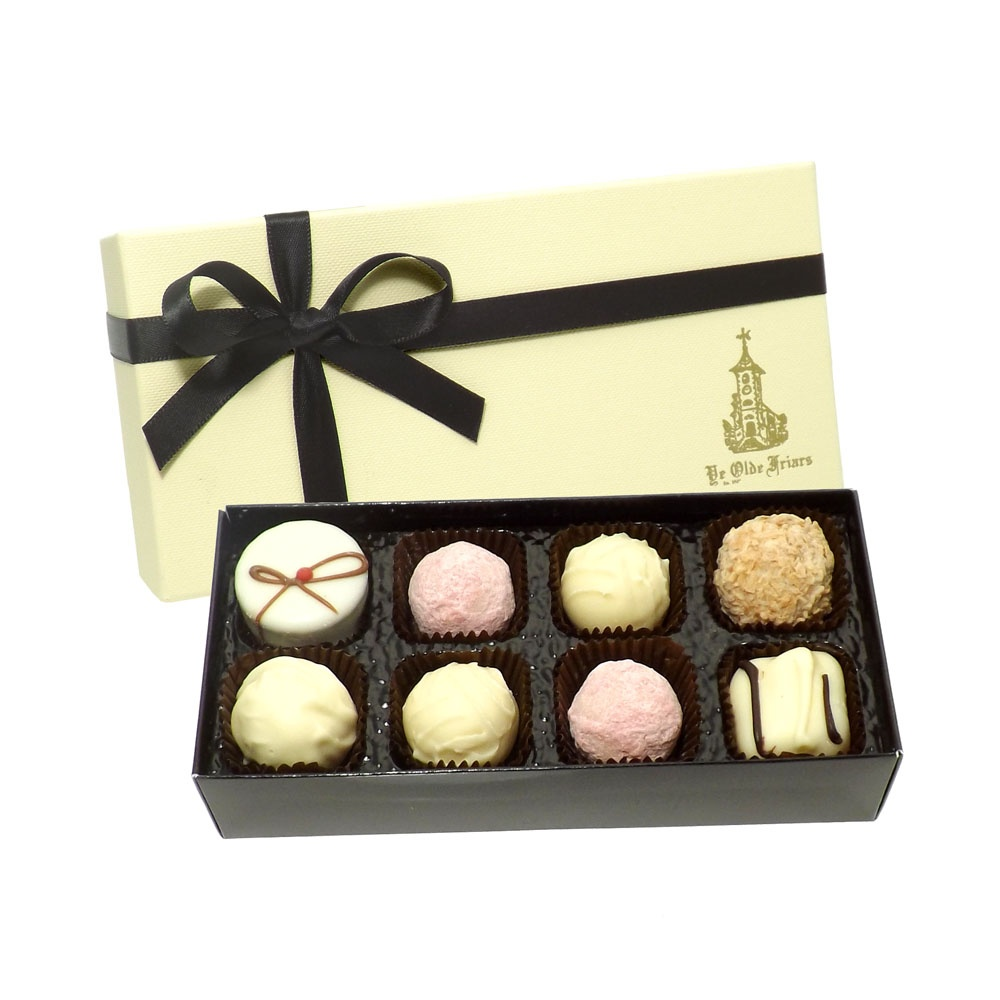 Buy Exquisite White Selection 8 Chocs
