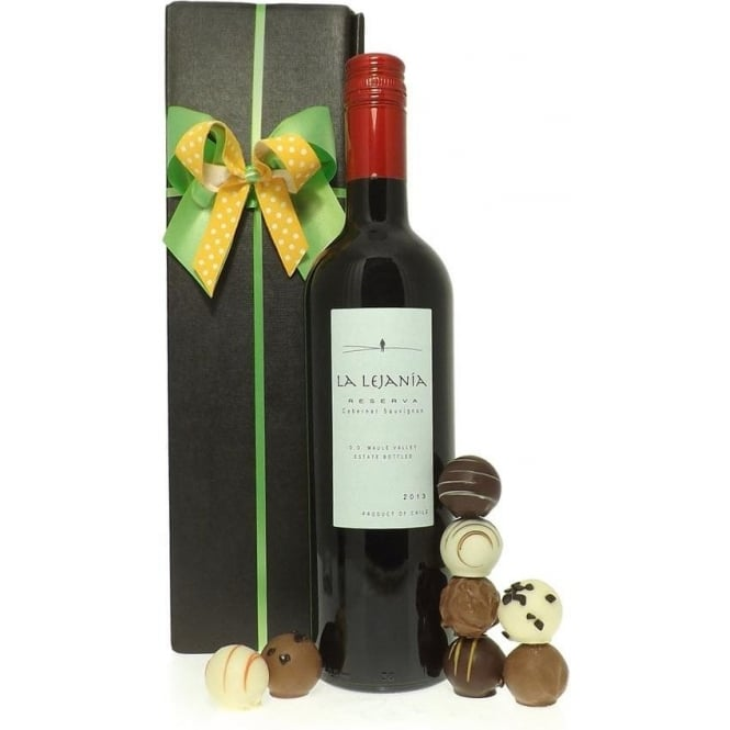 Friars Red Wine Gift Set