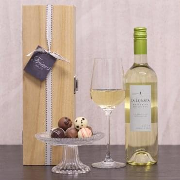 White Wine & Chocolate Gift Box